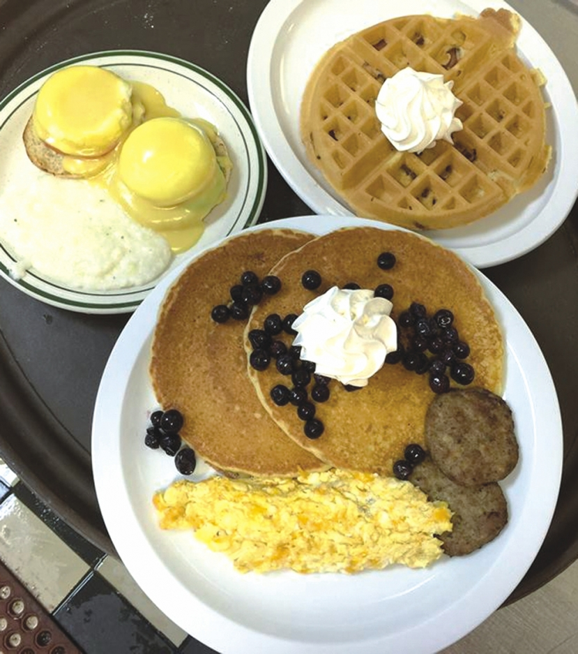 Kate's Pancake House: Open 7 Days 6:30am-1pm