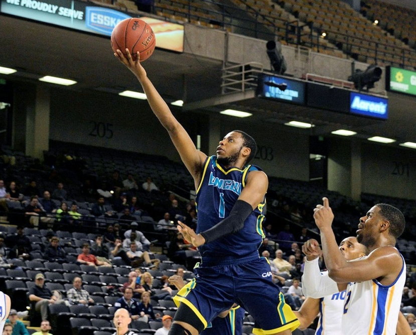 Seahawks Punch NCAA Tournament Ticket After Winning their 5th CAA Championship