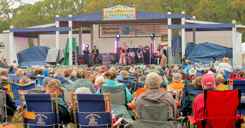 Music Lovers Brave Damp Day for 23rd Annual Seafood, Blues and Jazz Festival