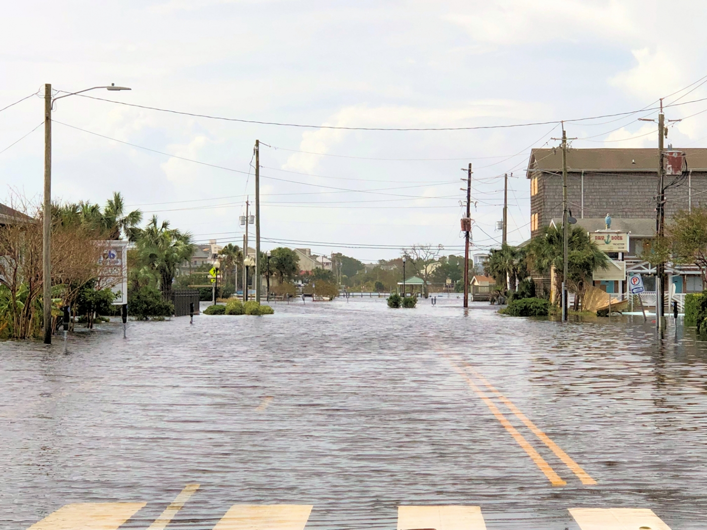Lake Park Blvd and Hamlet Avenue following Hurricane Florence, 2018. Flooding in areas around the lake in Carolina Beach. (Photo: Willard Killough III)